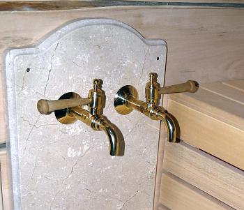 """Кран для бани и сауны """"Банник"""" с деревянной ручкой, левый - компания ИТС"""